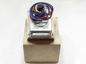 Delaval Barksdale Pressure Switch Cd1h h18ss 0 4 18psi New In Box