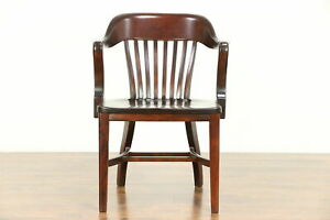 Mahogany Finish Antique Banker Desk Office Or Library Chair 30471