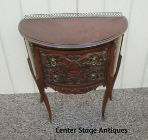 57020 Carved Louis Xv Lamp Table Stand Nightstand