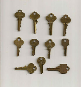 Vintage Brass Keys Lot Of 8 Antique Vintage Brass Keys
