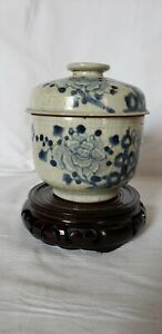 Ching Dynasty Chinese Blue And White Gray Porcelain Cup Jar With Lid