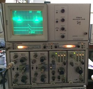 Calibrated Tektronix 7704a two7a26 7b92a 200mhz 4ch Dual Time Base Oscilloscope