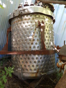 Alloy Fab 600 Gallon Stainless Steel Jacketed Reactor No Drive