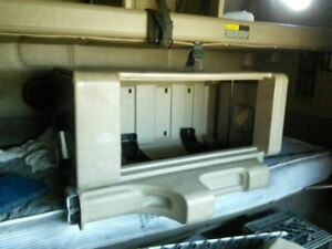 2007 International 9400i Sleeper Cabinets One Side Smoker