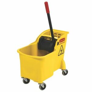 Rubbermaid Fg738000 Tandem 31 Quart Bucket Wringer Combo