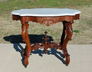 Fancy Victorian Walnut Marble Turtle Top Center Parlor Lamp Table C1870 S
