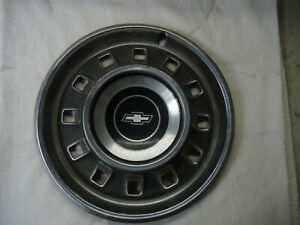 1 Vintage 1967 Chevrolet 14 Hubcap Impala Biscayne Good Condition
