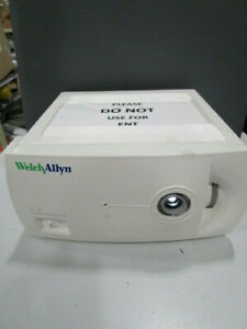Welch Allyn Cl 100 Surgical Illuminator Light Source Xenon 300