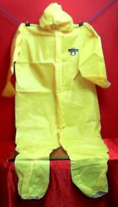 Lakeland C5428 2x Protective Coverall 2x W Hood Zipper Elastic Wrists ankles