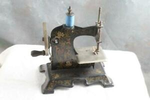 Antique Child S Toy Hand Crank Sewing Machine Made In Germany
