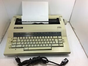 Smith Corona Electronic Typewriter xe 5100