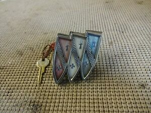 1962 Buick Wildcat Electra 225 Invicta Lesabre Trunk Lock Cover Emblem Assembly