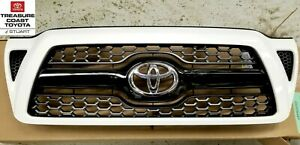 2new Oem Toyota Tacoma Sport 05 2012 Super White 040 Painted Honeycomb Grille