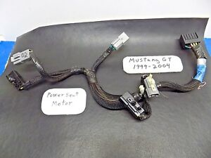 May 99 04 Ford Mustang Gt Part Yr33 14c719 Driver Power Seat Track Motor Harness