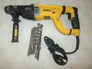 Dewalt D25263 1 1 8 D handle 3 Mode Sds Plus Rotary Hammer Chisel Chipping Tool