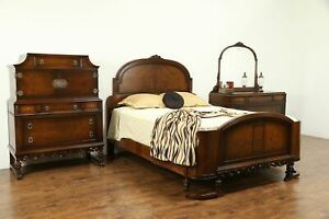 English Tudor Style Antique 1920 Walnut 3pc Bedroom Set Queen Size Bed 31125