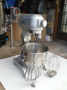 Hobart 20 Qt Mixer Model A 200 That Comes With Bowl Whisk Paddle