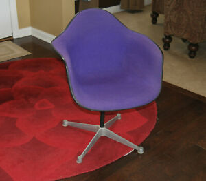 Vintage Herman Miller Purple Tweed Shell Armchair W Original Tags