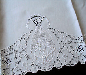 Fine Antique Linen Figural Appenzell Whitework Embroidered Cutwork Guest Towel