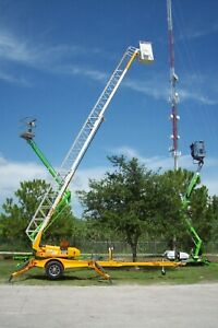 45 Insulated Ladder platform Towable Boom Lift auto Leveling adjustable Width