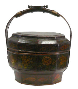 Traditional Chinese Antique Bamboo Octagon Flower Painting Wedding Basket Vs914