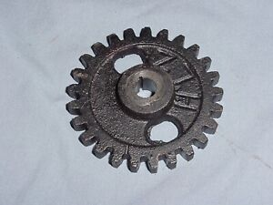 Associated United Hit Miss Gas Engine Magneto Gear 4 Small Mag