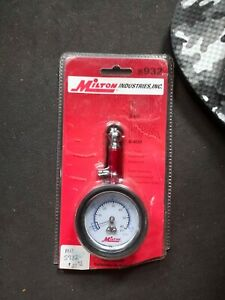Milton Dial Tire Gauge Model S 932