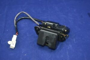 04 10 Toyota Sienna Rear Lift Gate Hatch Latch Actuator