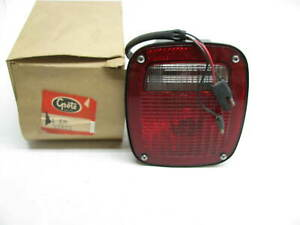 Nos Grote 52822 Stop Tail Turn Light Rh W o License Plate Light Dodge Truck