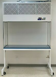 Pure Aire Vertical Laminar Flow Booth hood With Table 5 Foot
