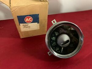 Nos 1954 55 Chevrolet Truck Speedometer Gauge Gm 1582657