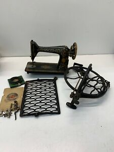 Antique Singer Treadle Sewing Machine With Foot Pedal Wheel And Original Parts