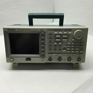 Tektronix Afg 3102 Dual Channel Arbitrary function Generator 1gs s 100 Mhz