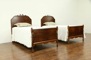 Pair Of English Tudor Walnut Curly Maple Antique Twin Or Single Beds 32522