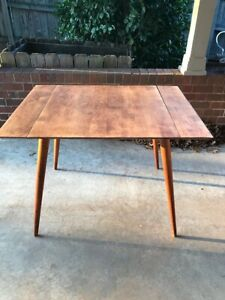 Fine Paul Mccobb Planner Group Dining Table