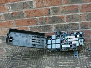 Ford Mustang Engine Fuse Box Relay Junction Block Panel Oem 10 11 2010 2011