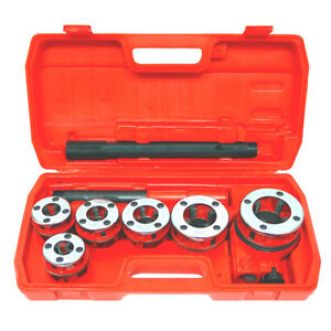 New Ratchet Pipe Threader Kit Set Ratcheting W 5 Dies And Case Gas Free Shipping