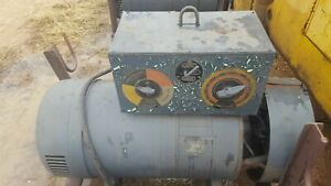 Lincoln Welder Sae 300 40 Volts A 601984 1800 Rpm 3 Phase 64 32 Amps 60 Cycles
