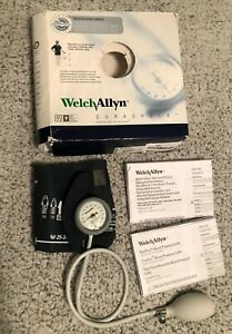 Welch Allyn Ds44 11 Durashock Sphygmomanometer Adult Size Gauge And Cuff