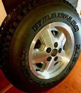 Jeep Wrangler 18 Wheel Used With New Goodyear Wrangler Tire P215 75r15
