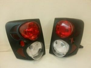 Pair Of Altezza Style Tail Lights L R Fits 99 02 Grand Cherokee Ec 156069