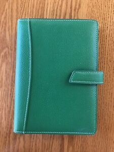 Franklin Covey Green Leather 6 Ring Planner binder Snap Closure Barely Used
