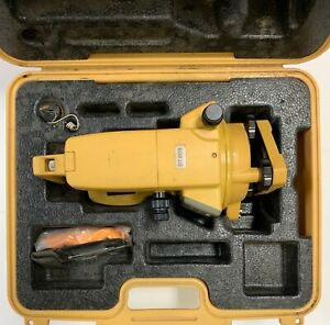 Topcon Dt 209 Optical Digital Theodolite W Free Carrying Case Dt 200 Used