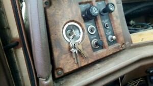 Chfwdcont 1985 Ignition Switch 5554420