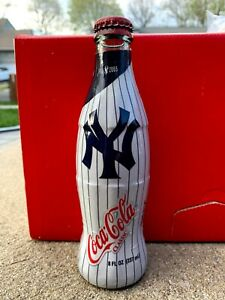 New York Yankees Coca Cola 100th Anniversary Glass Coke Bottle NEW