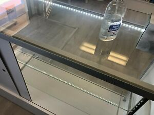Glass Countertop Display Case Fixture Showcase With Led Light Very Clean