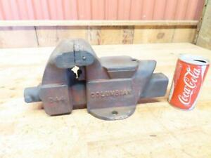 Vintage Columbian D44 4 Work Shop Bench Vise