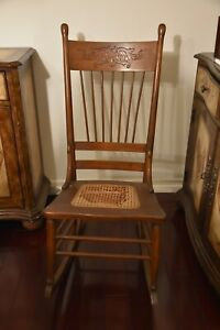 Solid Oak Rocking Chair Early American 1900 S Seat Needs Nome Tlc Kd9975