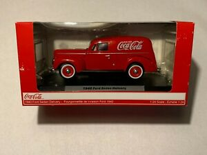 Coca Cola 1940 Ford Sedan Delivery 1:24 scale metal diecast collectible