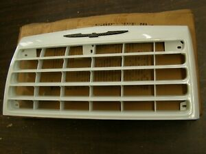 Nos Oem Ford 1985 1986 Thunderbird Turbo Coupe Grille White T bird Emblem Trim